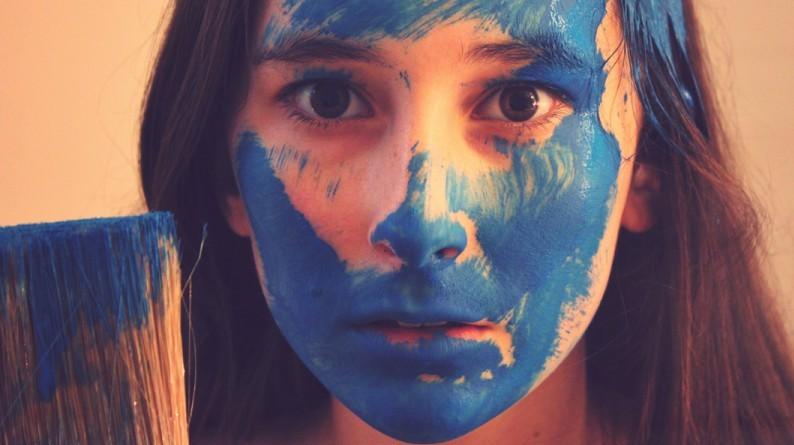 Facebook_paint_it_blue_900_450_90_s_c1_smart_scale